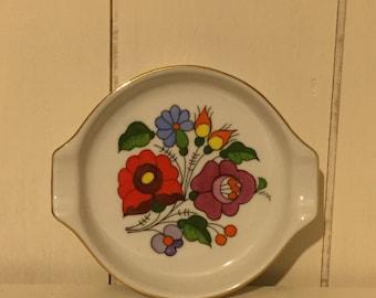 Retro vintage 1960s Flower Power Trinket Ring Dish