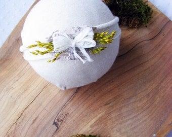 Newborn headband/Baby tiny headband/Baby bow photo prop headband/natural baby photography