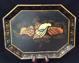 Beautiful Tole Tray with Seashells