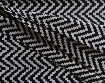 Zig zag print Black and white Chevron print cotton fabric Upholstery fabric by yard Indian fabric sewing fabric clothing dress home decor
