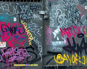 Everyone Says Hi, Graffiti, Street Art, Urban Art, Street Art, City Photography, City Art