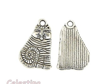 10 x Antique Silver Alice In Wonderland Cheshire Cat Charms - TS472