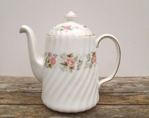 Minton Bone China Coffee Pot in the Spring Bouquet Pattern. Holds 2 Pints. Made in England