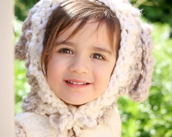 Crocheted lamb hood, lamb cowl, lamb bonnet, chunky crochet, photo prop, gift idea, lamb hat, girl accessory