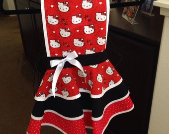 Childs Red Hello kitty Apron. 9-10