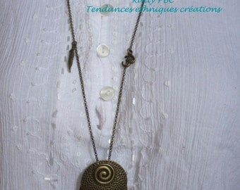 "wood pendant necklace Feather necklace ""Holata"""
