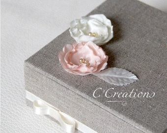 Ring box {Vintage Polka} in linen, lace and ivory satin flower craft