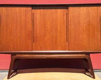 "Mid Century Modern MCM Server Buffet Cabinet Sideboard Credenza 67'x46'x19"""
