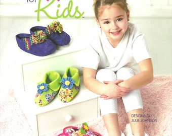 Annie's:  Sew Slippers for Kids Pattern Booklet
