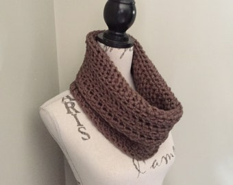 Crochet infinity scarf, crochet cowl in taupe