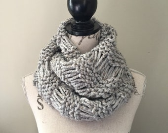 Infinity scarf, Chunky scarves, Knit scarf, Knit infinity scarf In grey marble