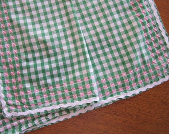 1950s gingham and embroidered tablecloth