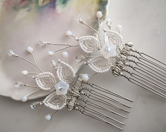 Flower hair comb set, wedding headpiece, white and silver combs, hair comb pair