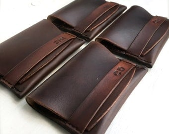 Groomsmen Gift - 4 Leather Groomsmen Wallets - Wedding Gift - Wedding Party Present - Personalized Leather Wallet - Initials Engraved Wallet