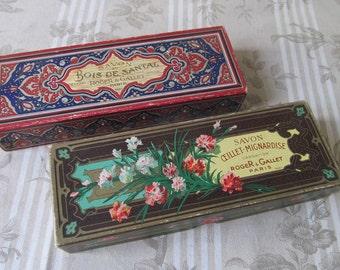 Two French Decorative Soap Boxes - Roger & Gallet Paris - Savon - Vintage Bathroom - Carnation and Sandalwood