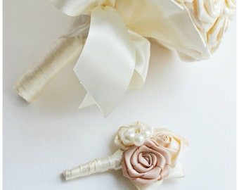 Ivory wedding boutonniere for brooch bouquet Buttonhole wedding boutineer Groom boutonniere groomsmen wedding boutonniere Groom flower prom