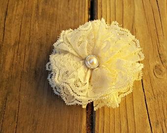 Cream Lace Flower, Girl's Accessory, Lace Flower, Flower Girl, Photo Prop, Girls Hair Clip, Flower Girl, Easter Flower, Wedding Flower