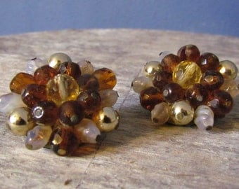 Vintage 1950's Chocolate Brown and White Beaded Clip-On Earrings