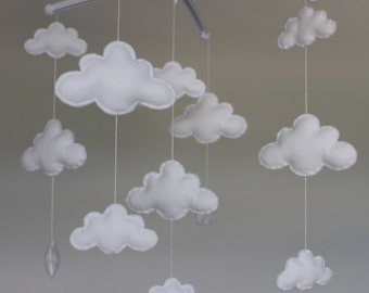Sale! Gorgeous cloud mobile  musical cot mobile cloud nursery