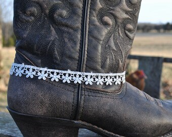 Dainty Lace Wedding Boot-let// Cowboy Boot Charm