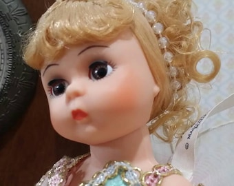 """Madame Alexander Storyland Doll """"Tinkerbell"""" 467 from 1991"""
