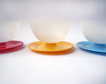 Vintage Tupperware tupperware Bowls Pastel colored Stackable set of Three cups Pudding desert Mid Century housewife Retro kitchen