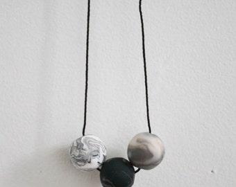 Laura unique piece necklace