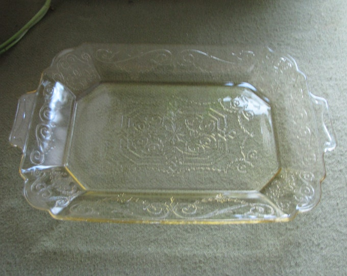 Lorain Yellow Depression Glass Tray Vintage Dinnerware and Replacements Indiana Glass Company 1929 to 1932