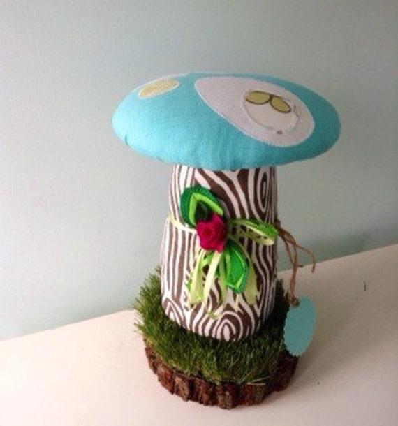 Wood Mushroom Stool, Kids Mushroom Chair, Stool, Seat, Step Stool Or Ottoman, Raw Wood Base, Woodland Bark On Wood Grass, Mushroom Toadstool