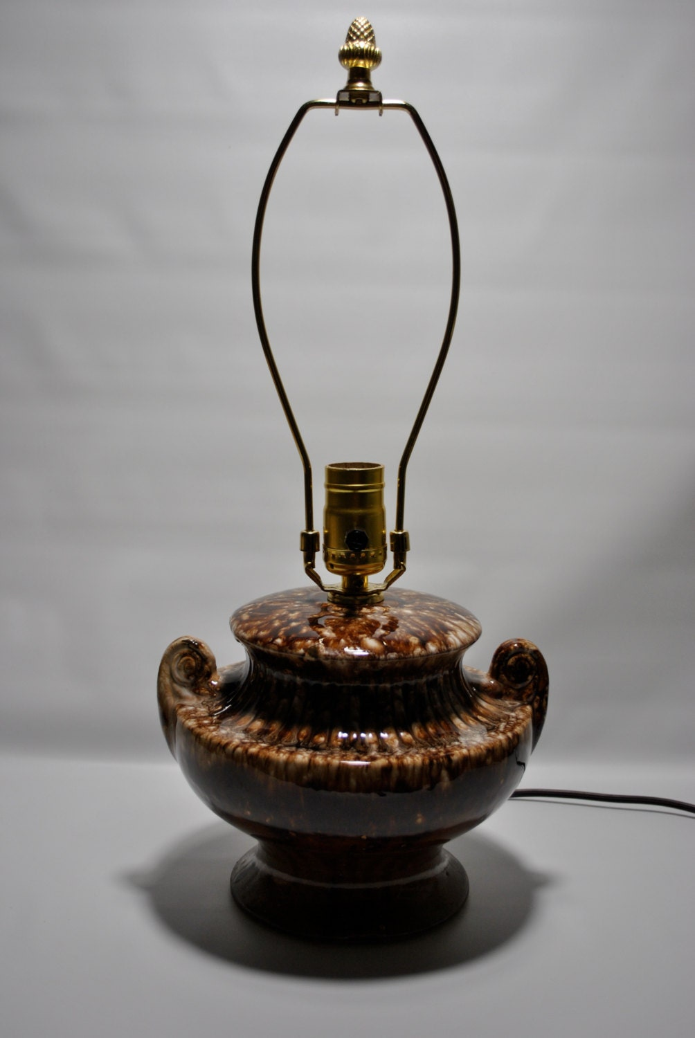 Vintage Brush-McCoy Drip Glazed Brown Onyx Electric Table Lamp