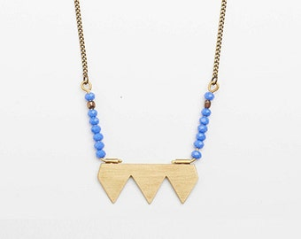 Brass triangles with blue beads, beaded necklace, brass necklace, beaded jewelry, brass jewelry, collar de triangulos