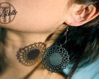 earrings, innertube lace, hand made in France