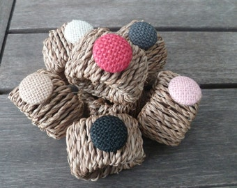 """Burlap button 7/8"""" - 23 mm (sold in packs of 5 buttons)"""