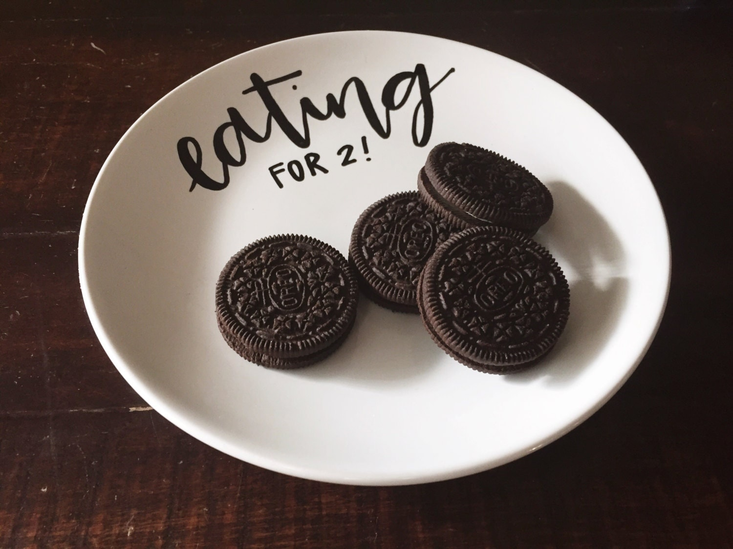 eating for two: pregnancy announcement plate