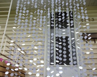 20 Strands- White Paper Circle Backdrop, Paper Circle Garland, Party Decor