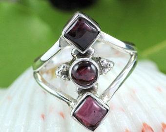 Garnet RIng, Garnet Stone Ring, Garnet Jewellery, 925 Sterling Silver, Handmade Ring, Women Designer Ring, Black Friday Sale, Unique Ring