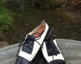 Vintage leather and suede flats