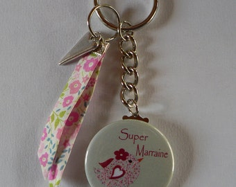 Badge Porte clés 38mm Super Marraine Liberty Cadeau Marraine.