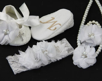 Christening Shoes girl,Personalized Baptism Baby Shoes-Baby Baptism Shoes-Monogrammed White Booties-Baby Shoe Christening-Baby Keepsake Gift
