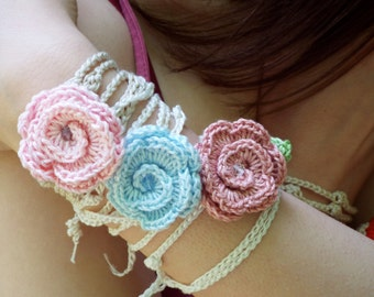 Crochet bracelets with romantic roses