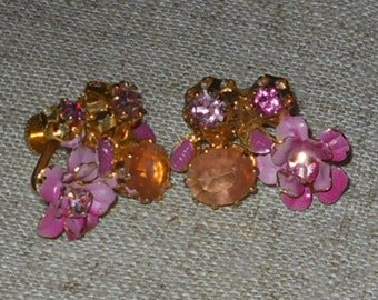 REDUCED  - Pink floral summer earrings - 1950s