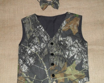 2 pc Boys and Men vest & bow tie.Great for weddings.  Mossy oak-Cotton fabric. #2 in fabric selection