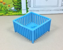 """MINIATURE PLAY PEN, 1/2"""" Scale,  Soft Plastic, Superior Brand of Marx Contemporary Style, 1950's, Vintage Dollhouse Furniture"""
