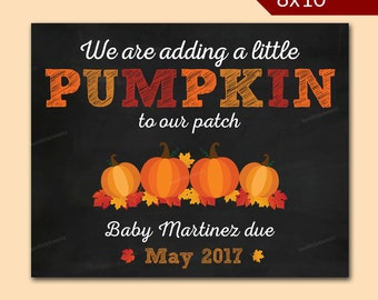 Personalized Fall pregnancy announcement - Pumpkin pregnancy announcement - halloween pregnancy announcement- Chalkboard Printable