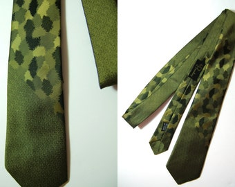 Vintage 1950s Skinny Tie | Army Green Necktie | the Broadway Mid Century Tie