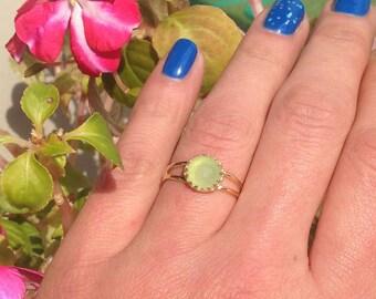 20% off-SALE!!! Green Jade Ring - Gold Ring - Bezel Set Ring - Gemstone Ring - Stacking Ring - Vintage ring -  Bridal Gift