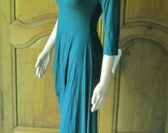 Dress viscose color oil, show shoulders, cut 40=M