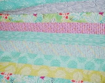 Baby Quilt, Baby Blanket. Crib Quilt