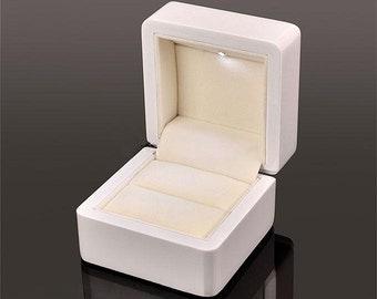 Luxury Engagement Ring Box wood white w/LED Wedding high gloss display case personalised gift