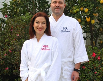 Set of 2 Mr. and Mrs. Robes, Personalized Terry Cloth Robes, Custom Honeymoon Robes, Mr. and Mrs. Robes, Bride and Groom Robes, couples gift